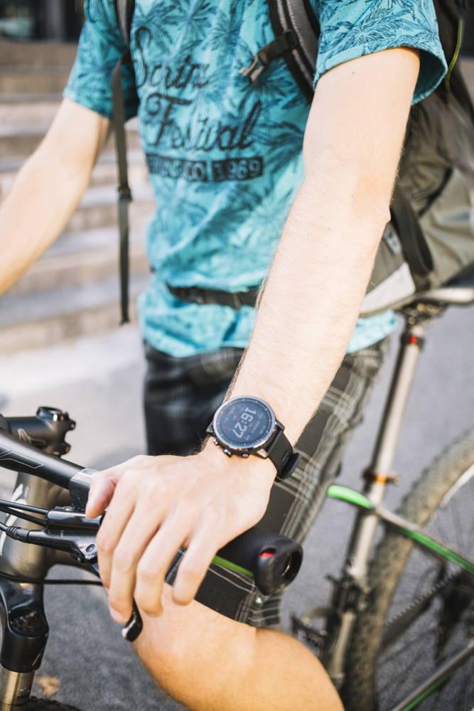 Zegarek sportowy na rower