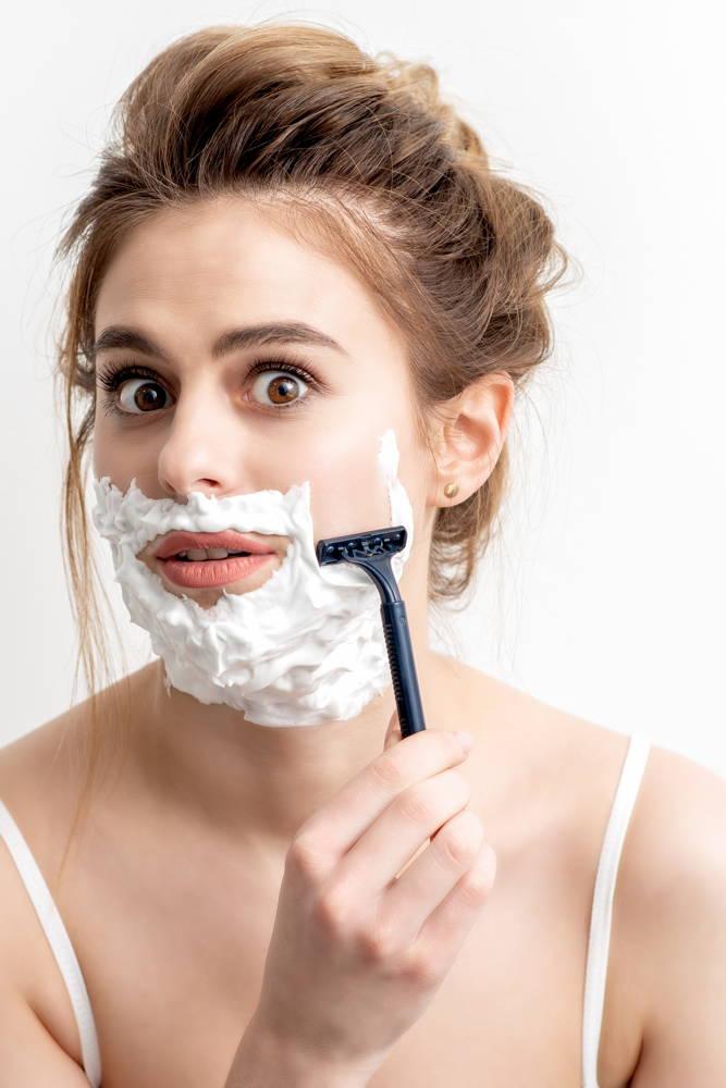 sposób na gładką twarz bez włosów u kobiet