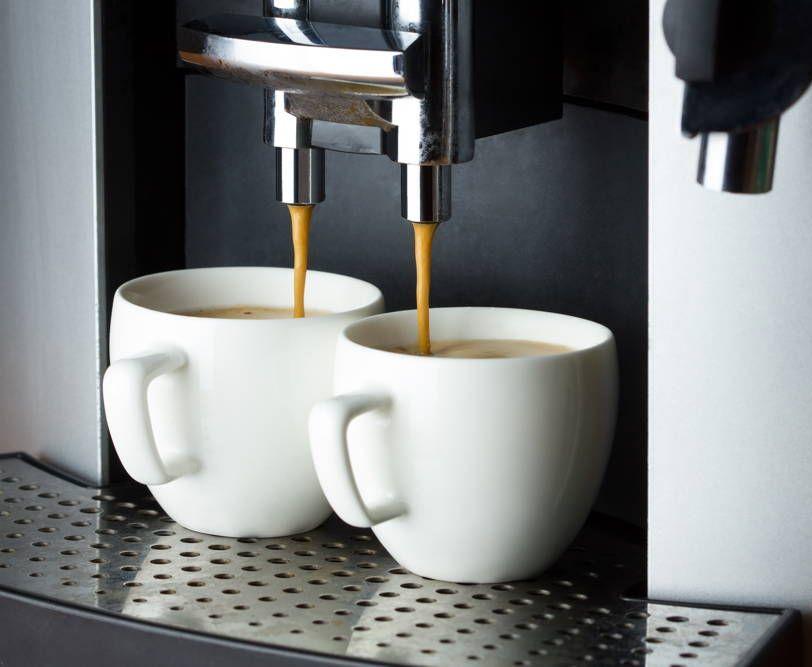 Parzenie kawy w eksprese w cenie 3000 zł