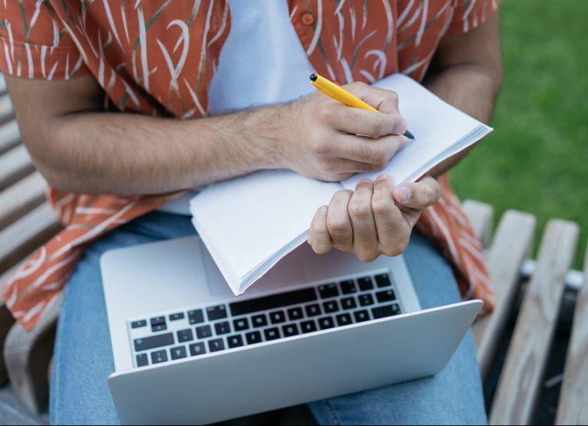 Laptop za 1500 do pracy w terenie