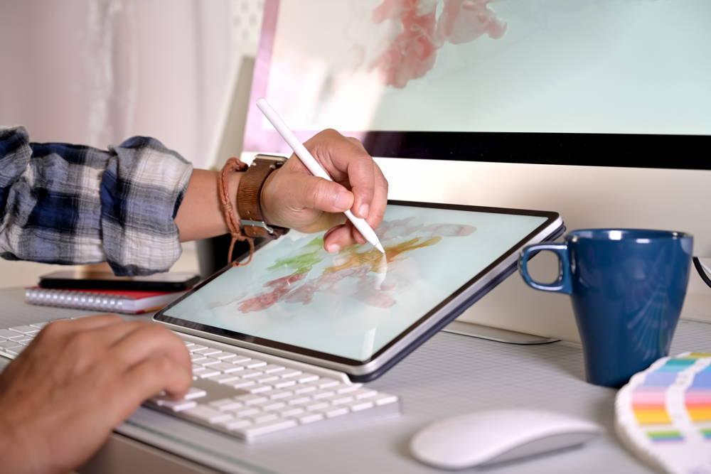 Najlepszy tablet graficzny z wyświetlaczem